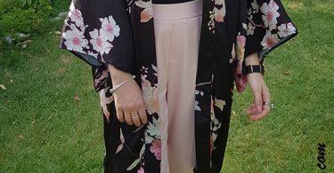 kimono nero con stampa floreale