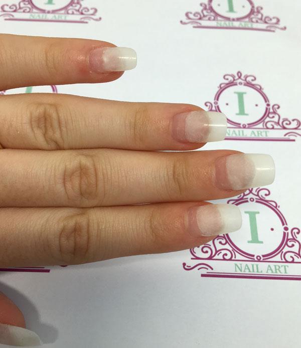 unghie finte come applicarle